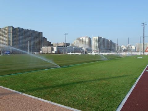 【学校の施工事例】有名ラグビーチームのフィールドに大型スプリンクラーを導入