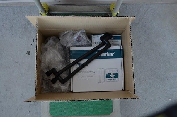 散水機 自動散水の梱包 自動潅水の梱包 自動灌水の梱包 散水機の梱包